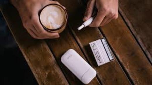 Запрещено ли курить Айкос в кафе